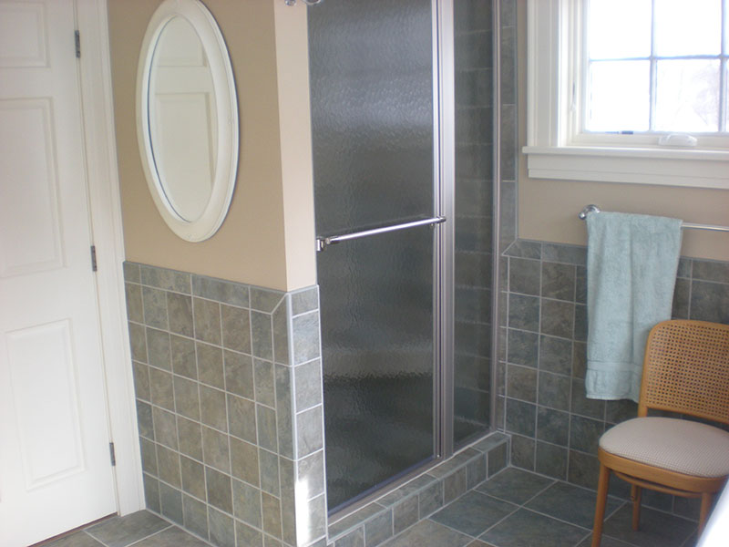 Qualset Shower Goodrich Gallery